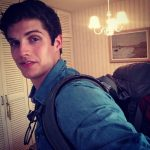 Daniel Sharman biografia