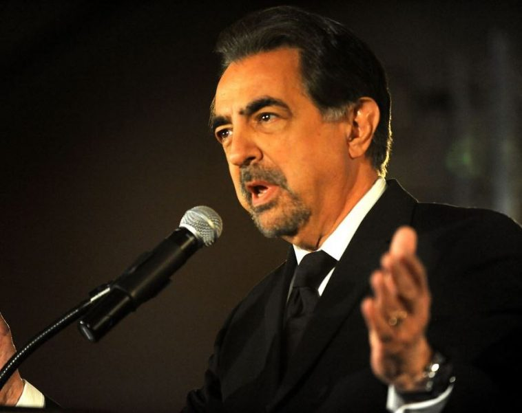 Joe Mantegna biografia